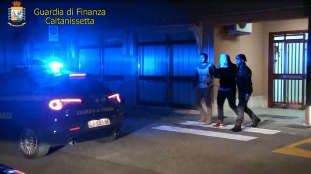 Tangenti asp Caltanissetta, Caltanissetta, Cronaca