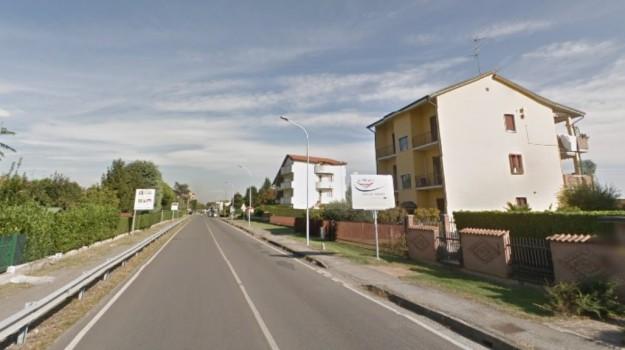 Sassi contro auto, Sicilia, Cronaca