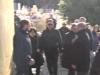 Moglie e figli attorno alla bara di Riina, tumulazione blindata al cimitero di Corleone