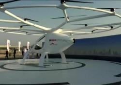 Il velivolo è stato testato: può trasportare due passeggeri per volta fino a 100 km/h
