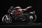 All'EICMA Special MV Agusta Brutale RR800 firmata Pirelli