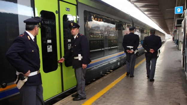 sassi contro i treni, Palermo, Cronaca