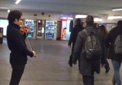 Il maestro del violino suona nel metròUn anno dopo, Bach incassa il doppio
