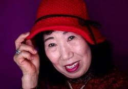 Quasi due milioni di visualizzazioni per il corso di make-up fatto dalla «nonnina asiatica»