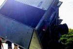 Incidente sulla Catania-Messina: furgone rimane in bilico su una scarpata