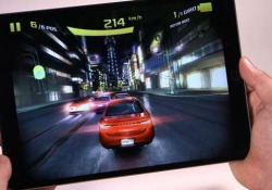 Il tablet Apple è un mostro di potenza, ha schermo migliore e più grande. E con iOS si avvicinerà a un notebook come utilizzo