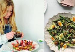 La chef e foodwriter Anna Jones: «Ecco come essere vegetariani moderni»