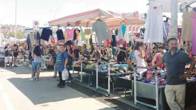 mercatino caltanissetta, Caltanissetta, Economia