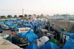 Migranti ammassati a Campobello di Mazara: al via raccolta di cibo e medicine