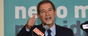 """Vince Musumeci, la Sicilia torna al centrodestra """"Dedicato ai miei figli, sarò presidente di tutti"""""""