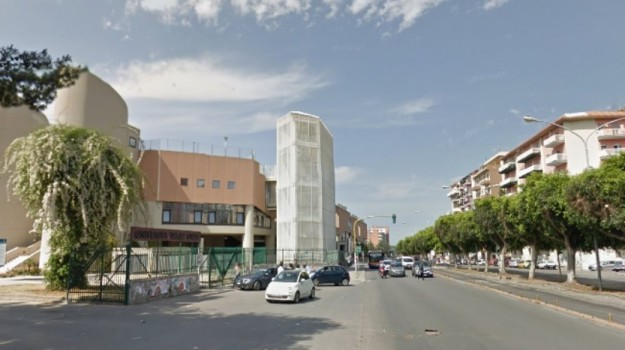 baby gang palermo, molestie, studentesse, Palermo, Cronaca