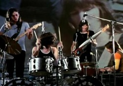 Un libro edito da Giunti racconta la storia del live che la band britannica realizzò tra il 4 e il 7 ottobre 1971