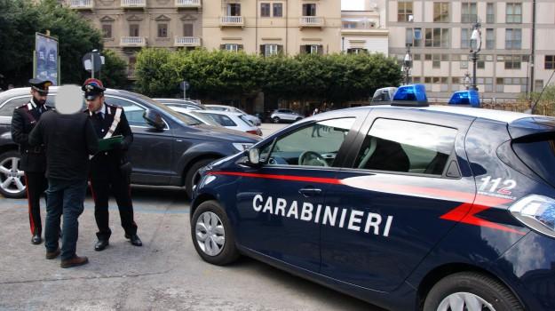 carabinieri, parcheggiatori abusivi palermo, Palermo, Cronaca