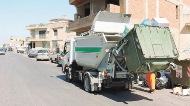 raccolta rifiuti mazara, Trapani, Economia