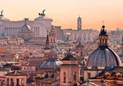 Roma, una città sopravvissuta alla storia ma ferita dalla cronaca