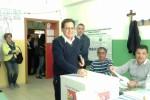 """Crocetta, di mattina voto a Gela: """"Con Renzi? Nessun patto"""""""
