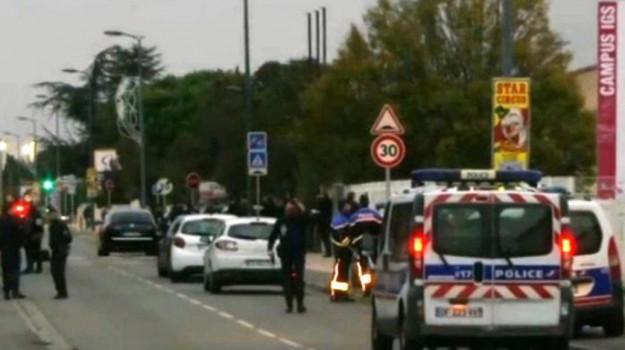 Auto contro studenti Francia, Sicilia, Mondo