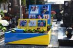 Tomba di un attivista Arcigay troppo vistosa, polemica in Brianza