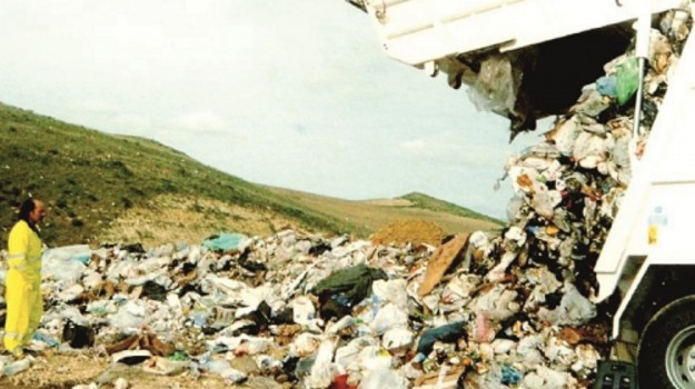 cefalù, rifiuti, termini imerese, Palermo, Cronaca