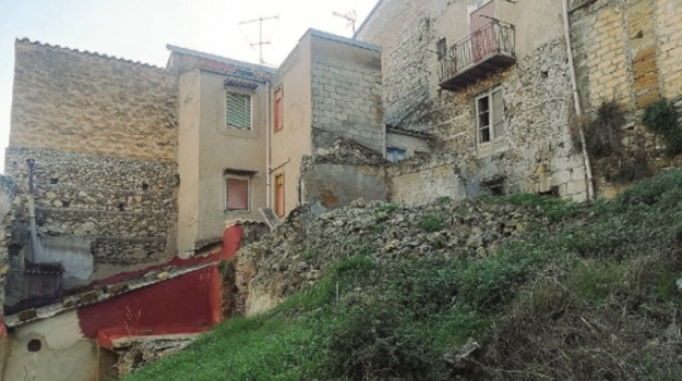 crolli aragona, Agrigento, Cronaca