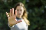 Violenze alla fidanzata, misura cautelare per un 24enne di Pachino