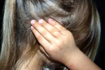 Violenze in famiglia, in 5 anni testimoni 427 mila bambini