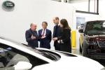 William e Kate in visita allo stabilimento Jaguar Land Rover