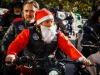 Impazza il Babbo Natale biker, allinsegna della solidarietà