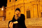 """La Ferragni a Noto, selfie fra i viali del centro storico: """"Questa città mi è entrata nel cuore"""""""