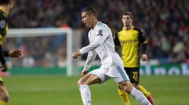 pallone d'oro, Cristiano Ronaldo, Gigi Buffon, Lionel Messi, Sicilia, Sport