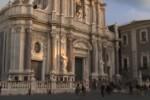 """Duomo di Catania """"occupato"""", i manifestanti: """"Casa e lavoro oppure restiamo"""""""