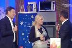 Dopo il malore, Frizzi riappare a sorpresa in tv: dal 15 dicembre di nuovo a L'Eredità