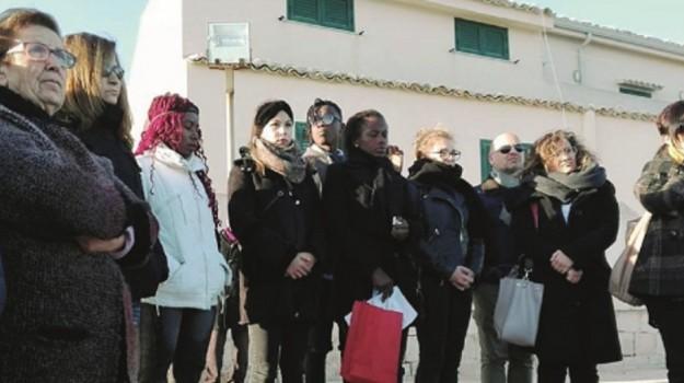comune di scicli, funerali bimba migrante, Ragusa, Cronaca