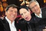 """Gianni Morandi e il selfie con Marilyn Manson, lo sdegno dei fan: """"Scherzi con il fuoco"""""""