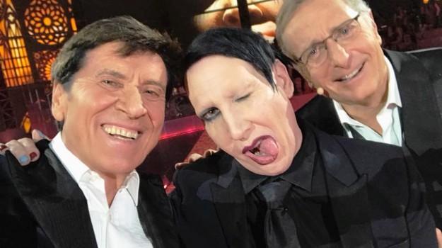 morandi manson selfie critiche, Gianni Morandi, Marilyn Manson, Paolo Bonolis, Sicilia, Società