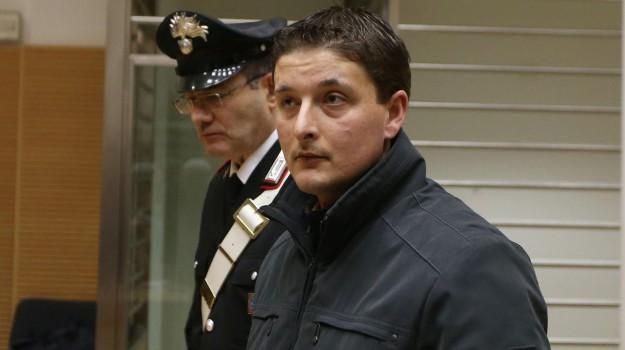 ladro ucciso in casa, Eduard Ndoj, Mirko Franzoni, Sicilia, Cronaca