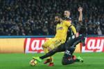 Il Napoli crolla sotto i colpi della Juve: le immagini del match