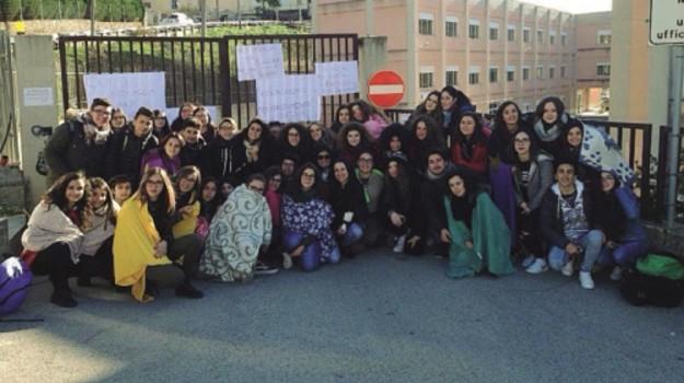 comune mussomeli, studenti in rivolta, Caltanissetta, Cronaca