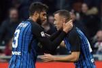 L'Inter batte il Chievo ed è prima Milan beffato al 95' dal Benevento con un gol di testa del portiere