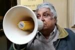 """Niente fondi per """"Manifesta 12"""", la protesta a Palermo dell'attore sindaco Isidoro"""