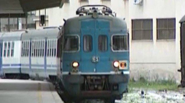 Treni per Catania fra disagi, ritardi e caos: la segnalazione