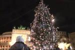 Acceso al Politeama l'albero di Natale decorato da piccoli pazienti
