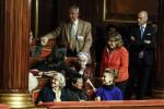 Il biotestamento è legge: via libera del Senato con 180 sì