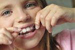 Per denti sani igiene prima dei pasti e formaggio come snack