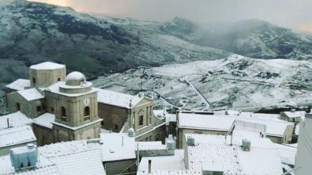 Maltempo nebrodi neve, Messina, Cronaca