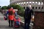 Russo, la piazza del Colosseo è un suq