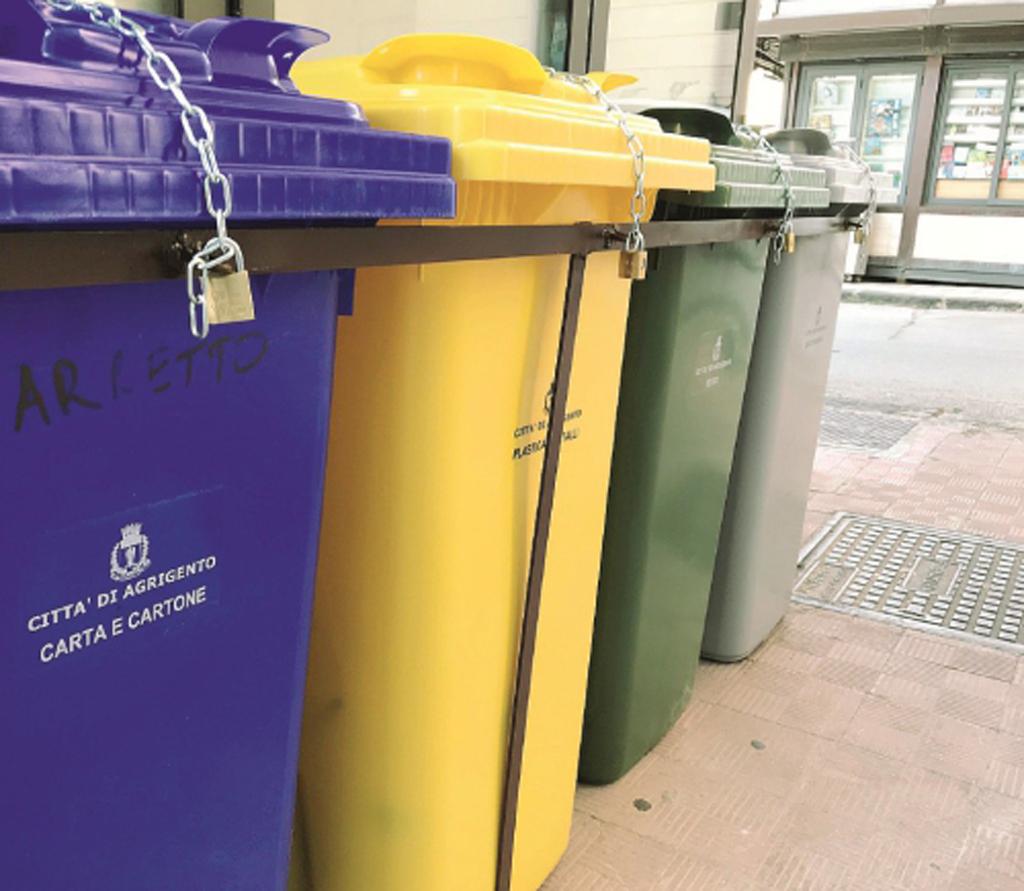 Differenziata ad Agrigento, linea dura sui rifiuti prodotti da enti pubblici, grandi aziende e supermercati