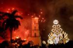 Cuba, esplosione di fuochi d'artificio durante un carnevale: 40 feriti