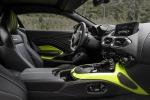 A 70 anni da prima Vantage torna modello 'duro' Aston Martin