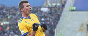 La Juventus asfalta il Bologna e scavalca l'Inter